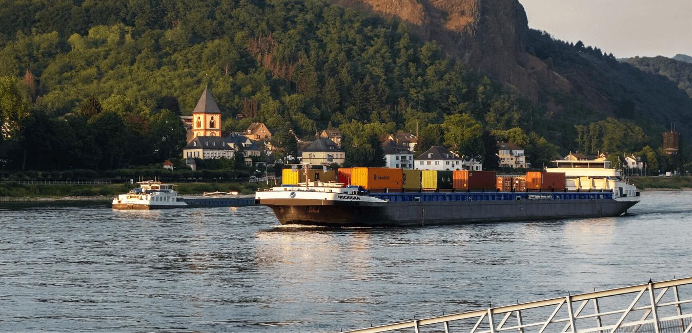 Conteneurs maritimes standards